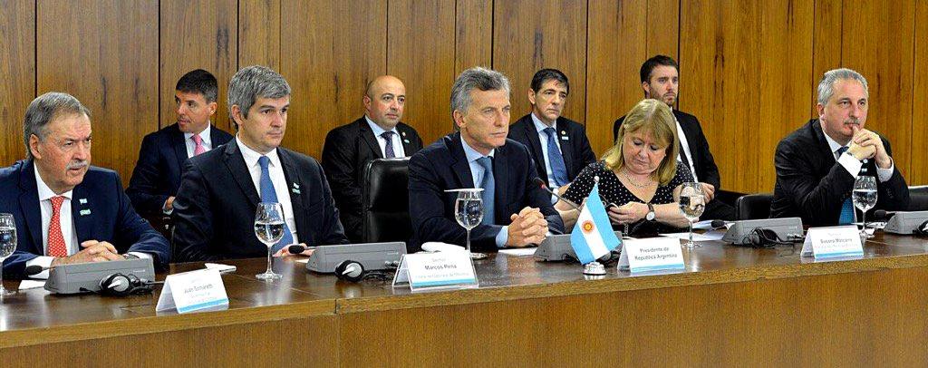 passalacqua-macri-reunion-en-brasilia-07-febrero-2017-2
