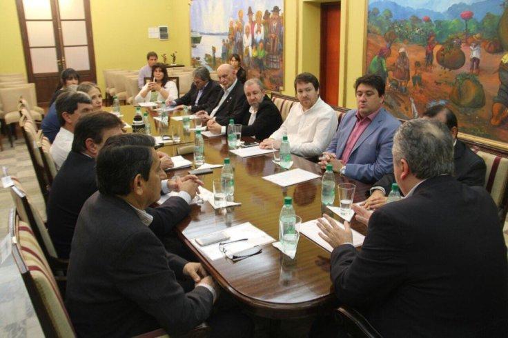 passalacqua junto a legisladores nacionales 6 sept 2016