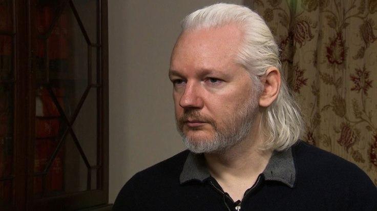 Julian Assange Foto tomada de Democracy Now