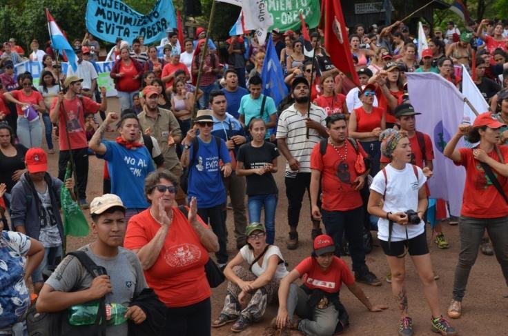 Marcha del Campamento de Jóvenes en Tekoa Arandú11