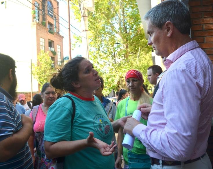 Celeste Garcia, del Evita con el responsable de ANSES.jpg