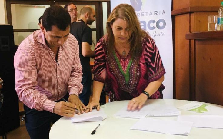 firman convenio docentes